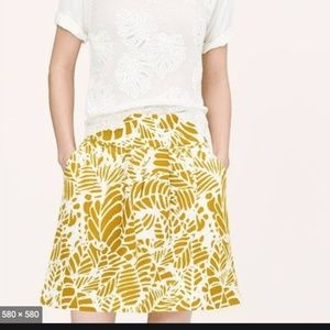 LOFT Stenciled Leaf Gold Stroll Pleated Skirt